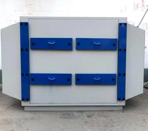 活性炭吸附箱安装